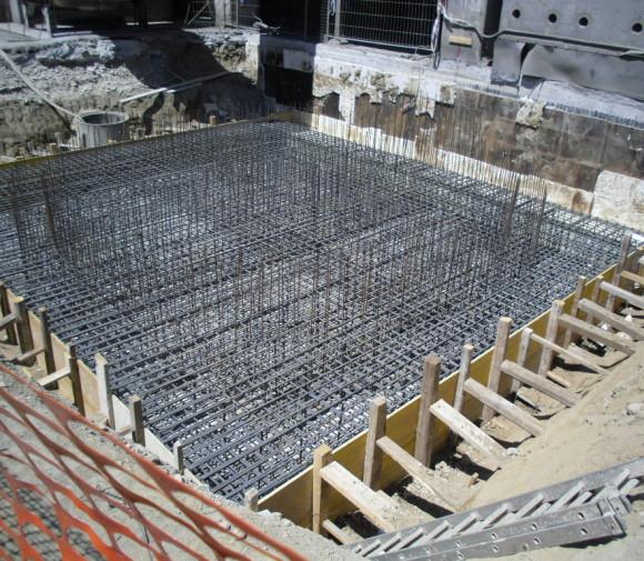 Basamento silo ceneri volanti presso stabilimento Buzzi S.p.a